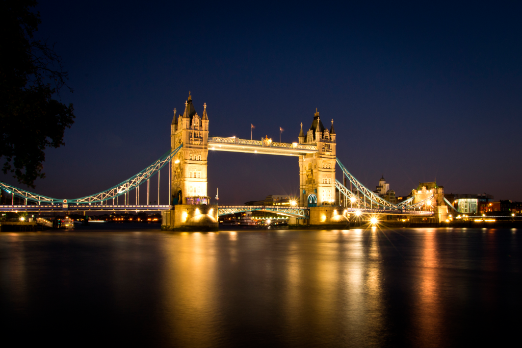 Tower-Bridge-de-nuit